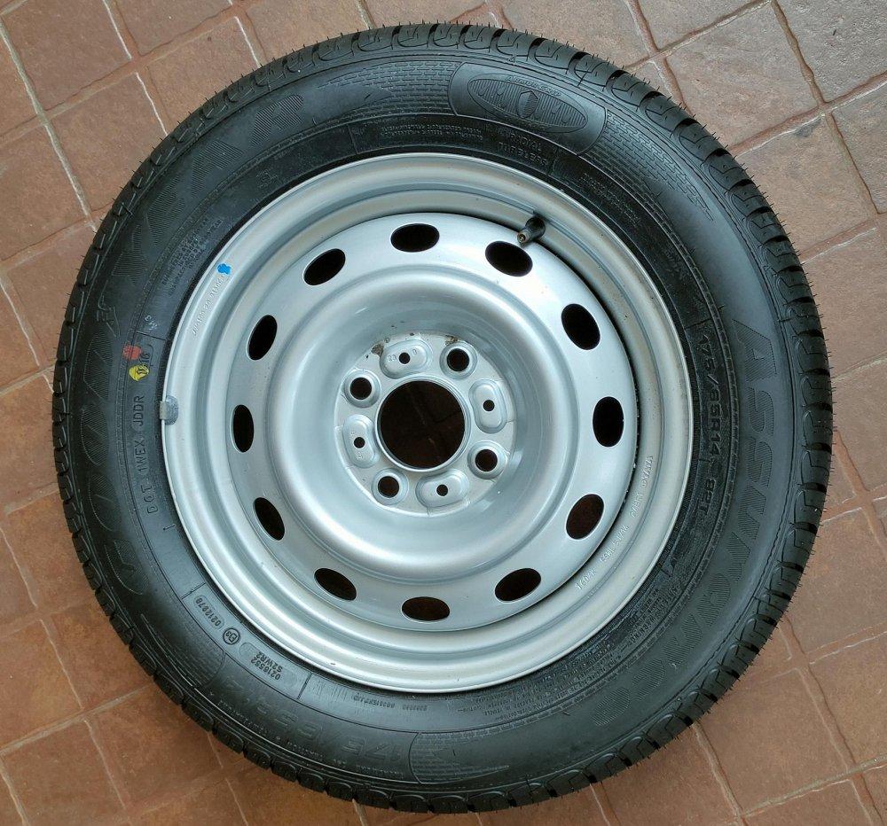 10 Spare Wheel.jpg