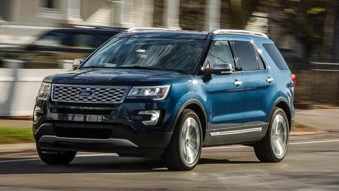 2017-Ford-Explorer-102-1-MS.jpg