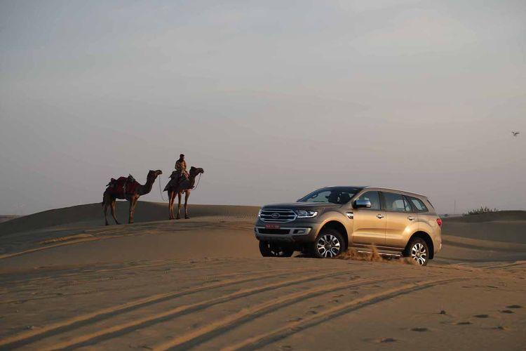 2019-ford-endeavour-review-images-desert-dune-bash-5d99.jpg