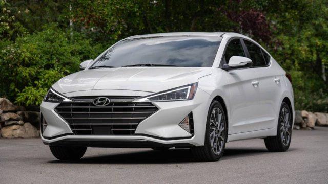 2019-Hyundai-Elantra-Facelift-Spotted-Testing-India-640x360.jpg