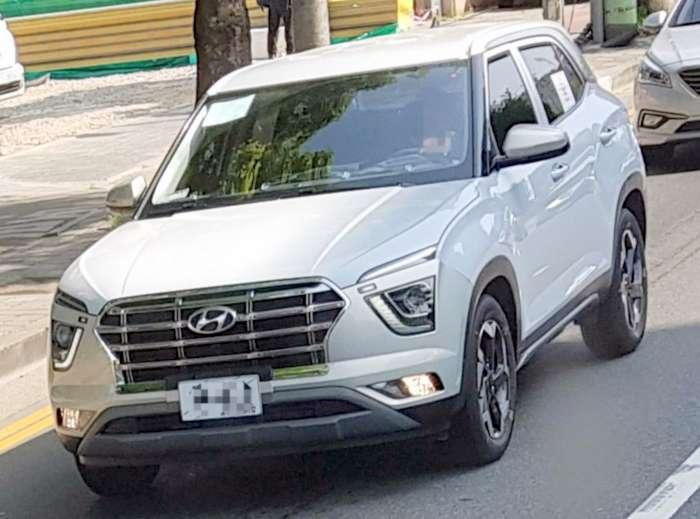 2020-hyundai-creta-white-colour-spied-undisguised-launch-price-1.jpg