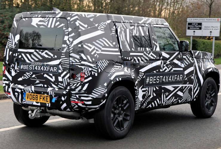 2020-Land-Rover-Defender-Spyshot-3.jpg