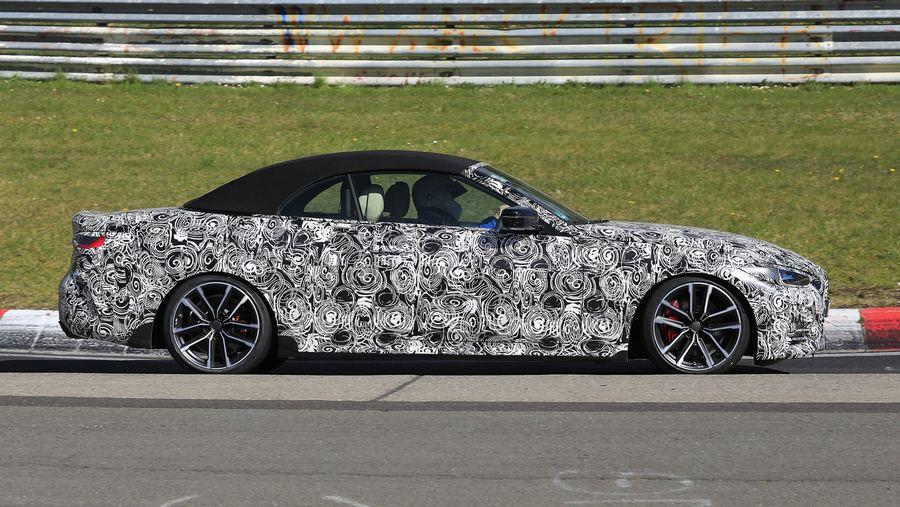 2021 BMW 4 Series Convertible spies-4.jpg