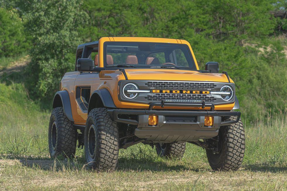2021-ford-bronco-2-door-139-1594328607.jpg?crop=0.811xw:0.811xh;0.105xw,0.jpg