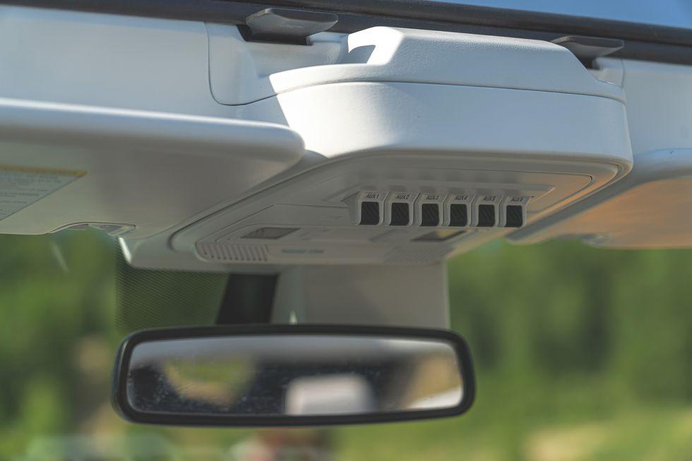 2021-ford-bronco-4-door-108-1594323463.jpg