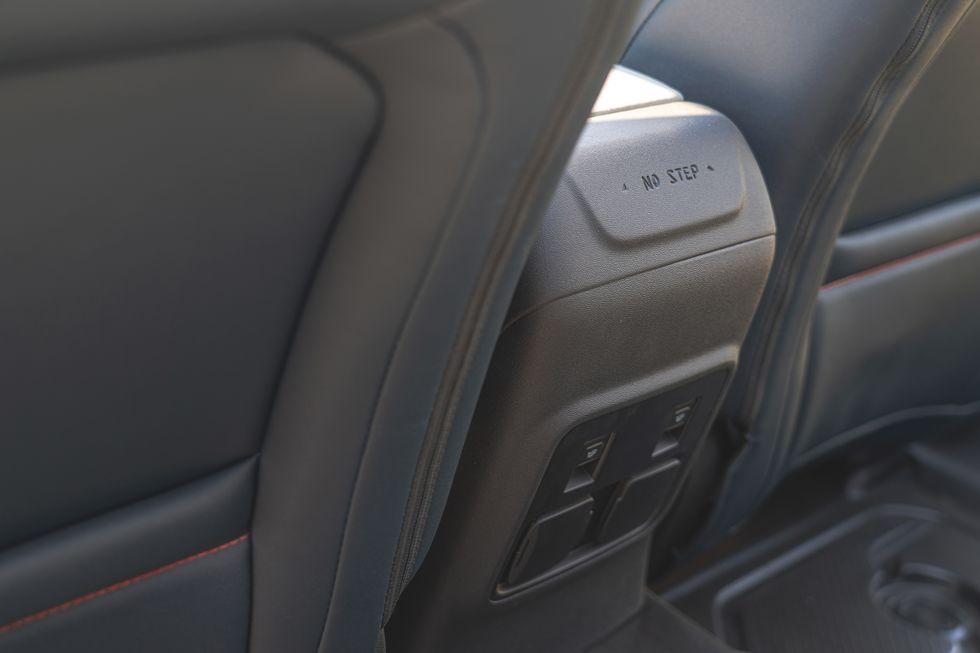 2021-ford-bronco-4-door-119-1594323470.jpg