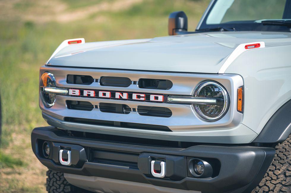 2021-ford-bronco-4-door-120-1594323473.jpg