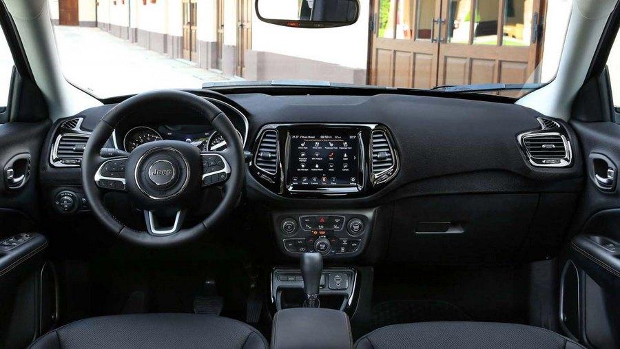 2021-Jeep-Compass-Facelift-Interior.jpg