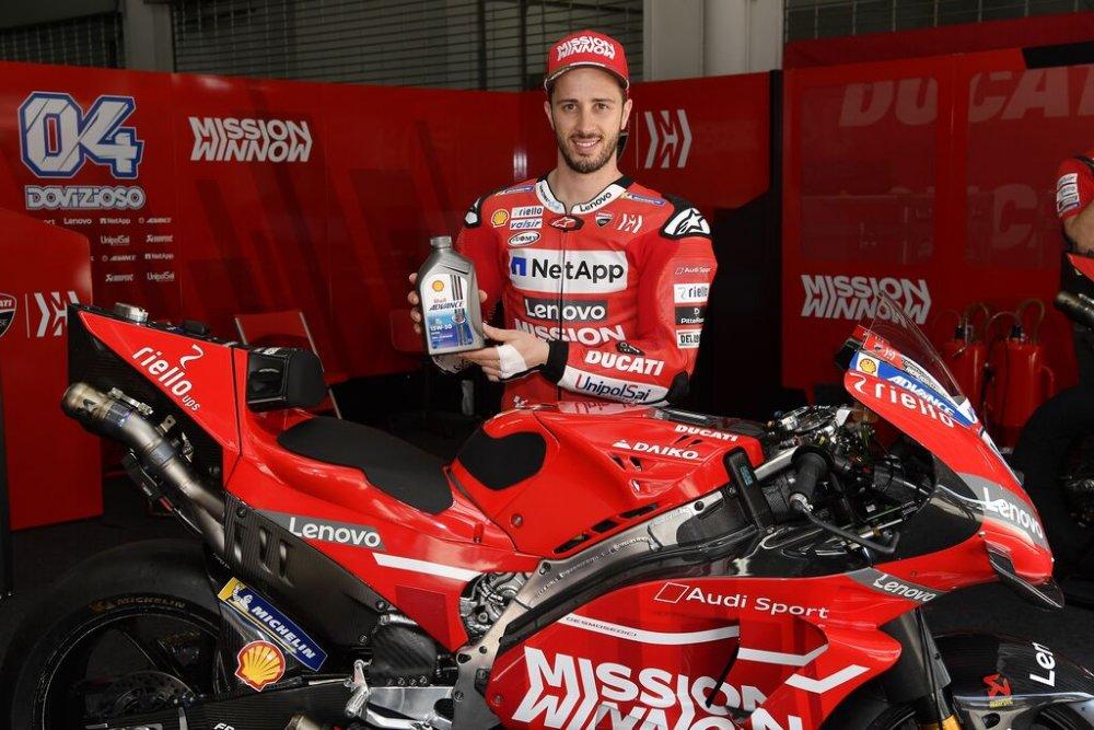 Andrea Dovizioso, Ducati MotoGP Pilot - Shell Advance.jpg