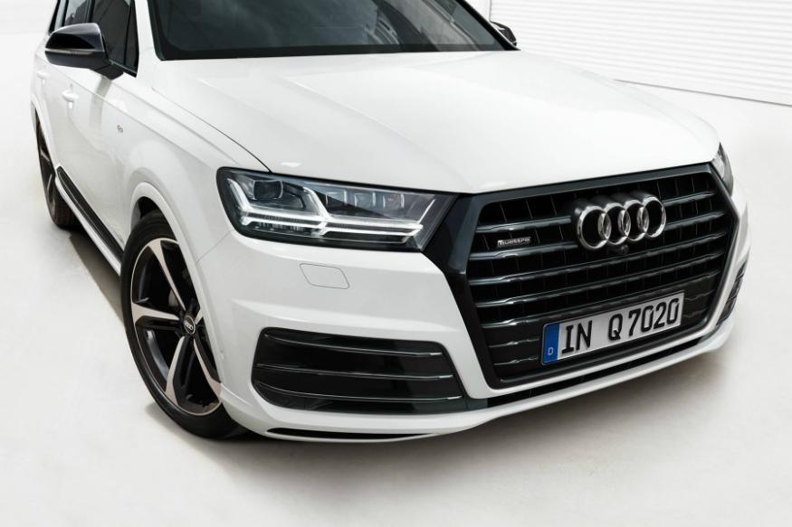 Audi-Q7-Black-Edition-Image-1.jpg