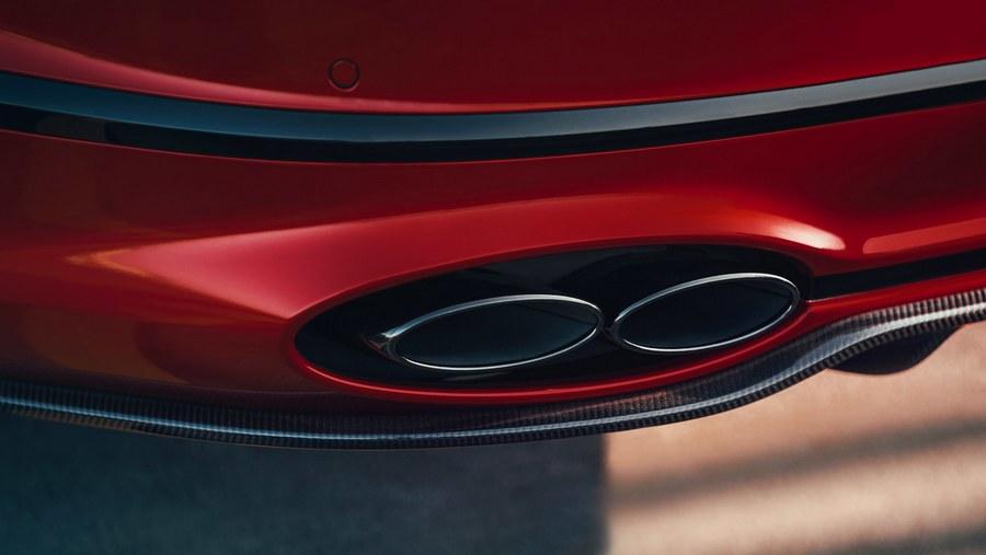 Bentley Flying Spur V8 2020-4.jpg