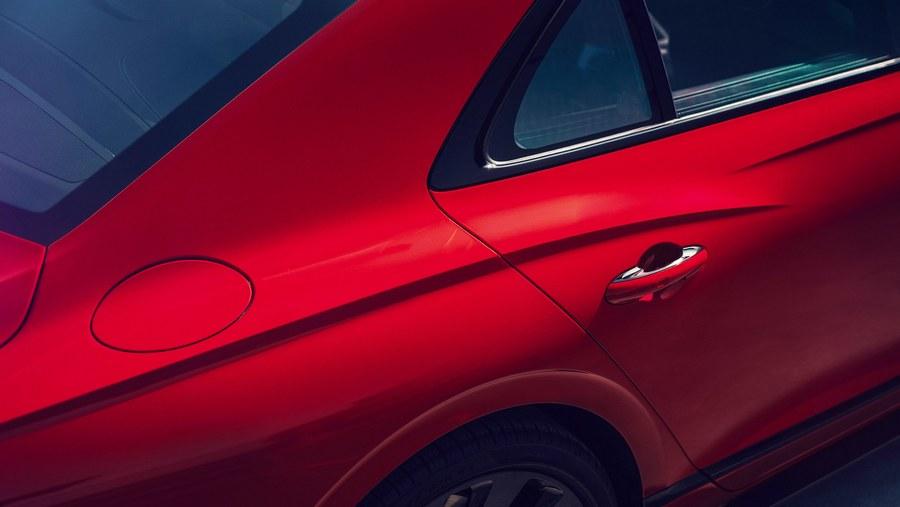 Bentley Flying Spur V8 2020-6.jpg