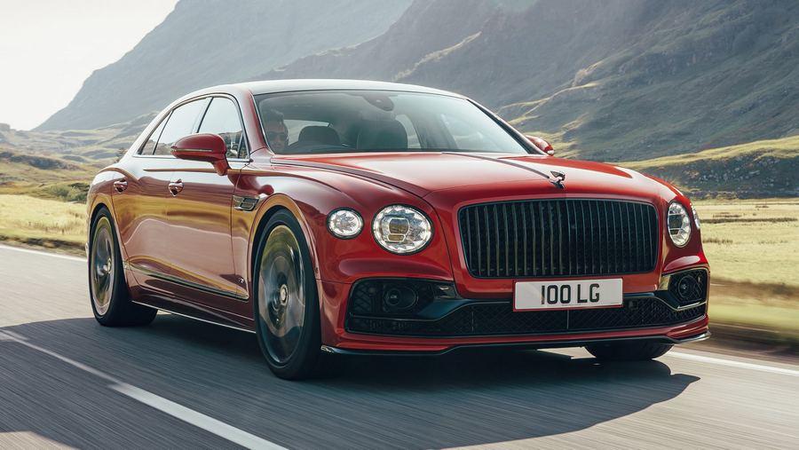 Bentley Flying Spur V8 2020.jpg