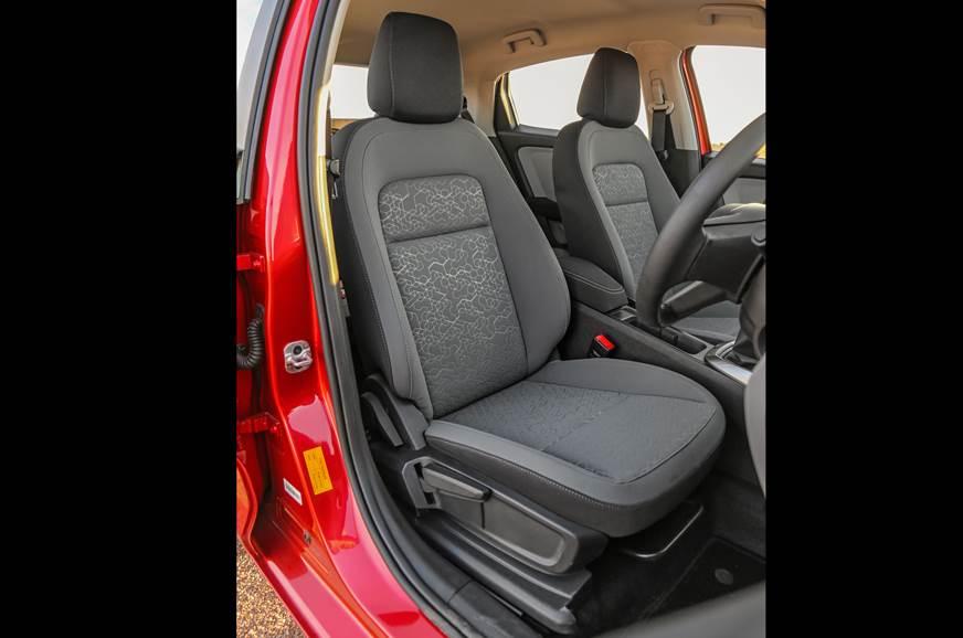 er.ashx?n=http%3a%2f%2fcdni.autocarindia.com%2fGalleries%2f20191209093950_Tata-Altroz-front-seat.jpg