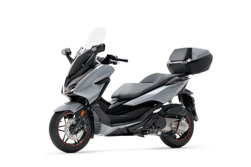 Honda-Forza-300-Limited-Edition1.jpeg
