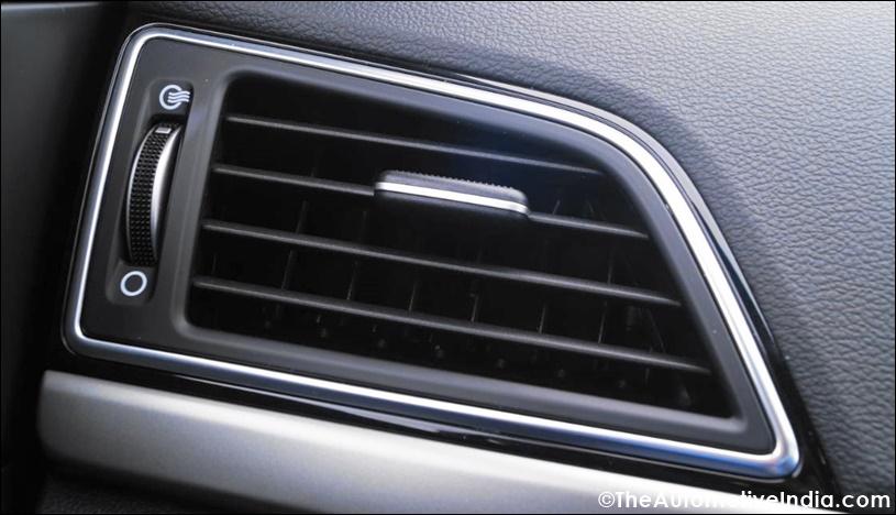 Hyundai-Elantra-Side-AC-Vents.jpg