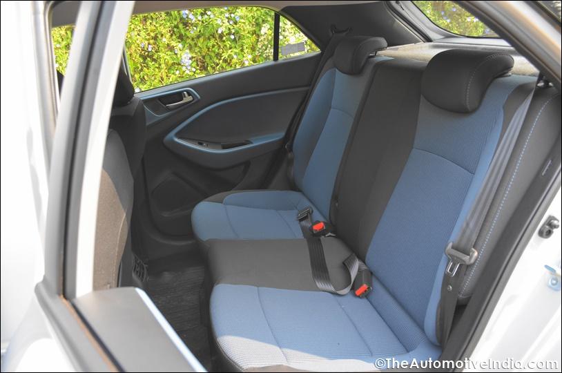 Hyundai-i20-Active-Rear-Seat-Space.jpg