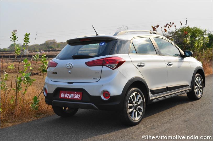 Hyundai-i20-Active-Rear-View.jpg