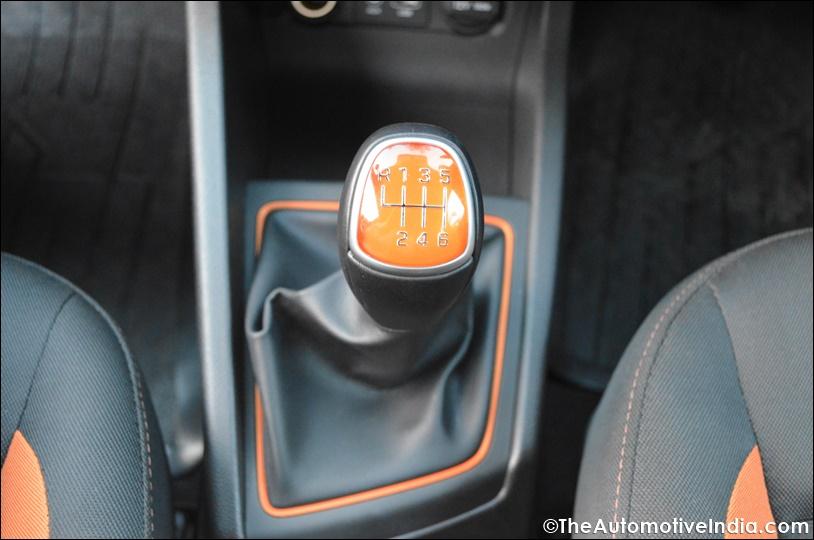 Hyundai-i20-Active-Tangerine-orange-Gear-Lever.jpg