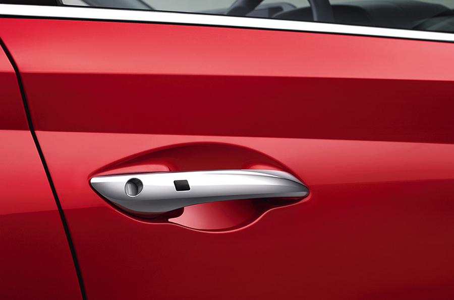 Hyundai-i20-premium-hatchback-Exterior-Bottom-1.jpg