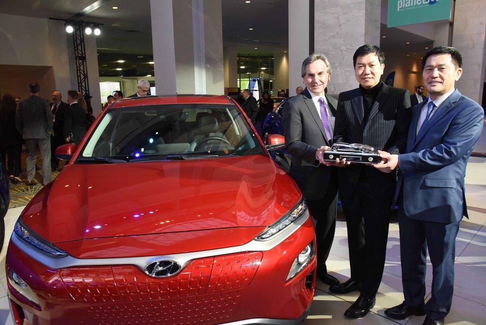 Hyundai Kona and Kona Electric CUV Wins Prestigious 2019 North American Utility Vehicle of the...JPG