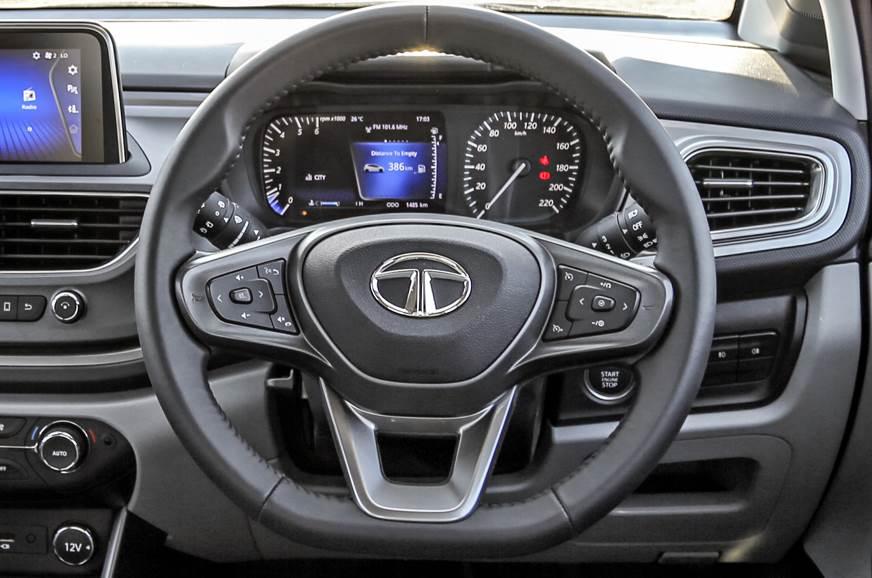 izer.ashx?n=http%3a%2f%2fcdni.autocarindia.com%2fGalleries%2f20191209094106_Tata-Altroz-steering.jpg
