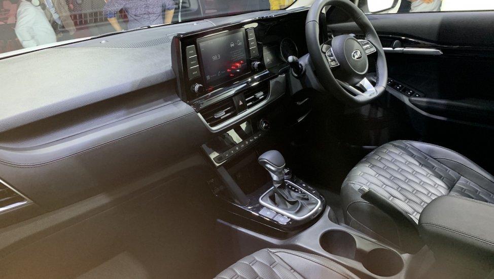 kia-seltos-interior-719f.jpg