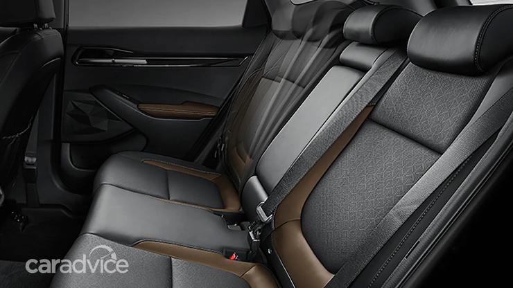 kia-seltos-rear-seats.jpg