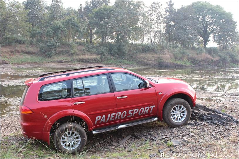 Mitsubishi-Pajero-Sport-77.jpg
