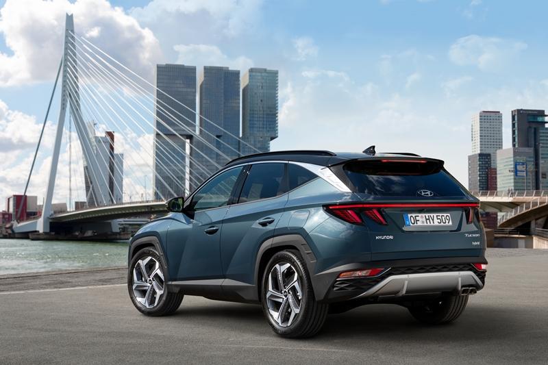 new-2021-Hyundai-Tucson-rear.jpg
