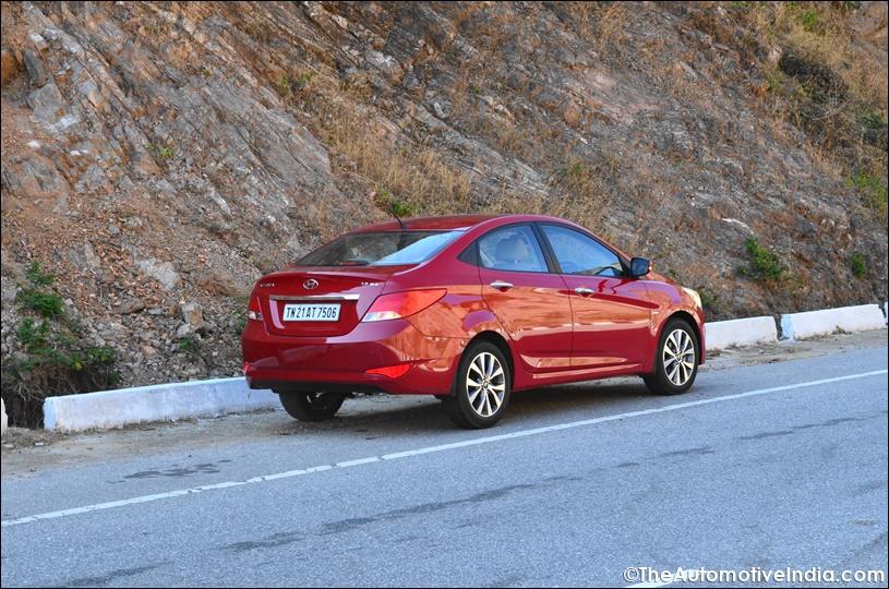 New-Hyundai-Verna-2015-5.jpg