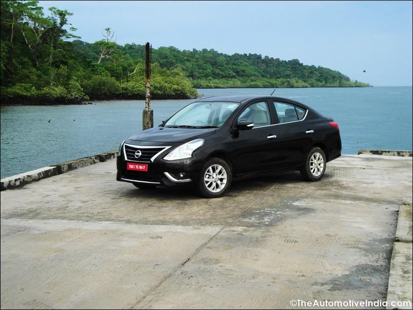 Nissan-Sunny-2014-17.jpg