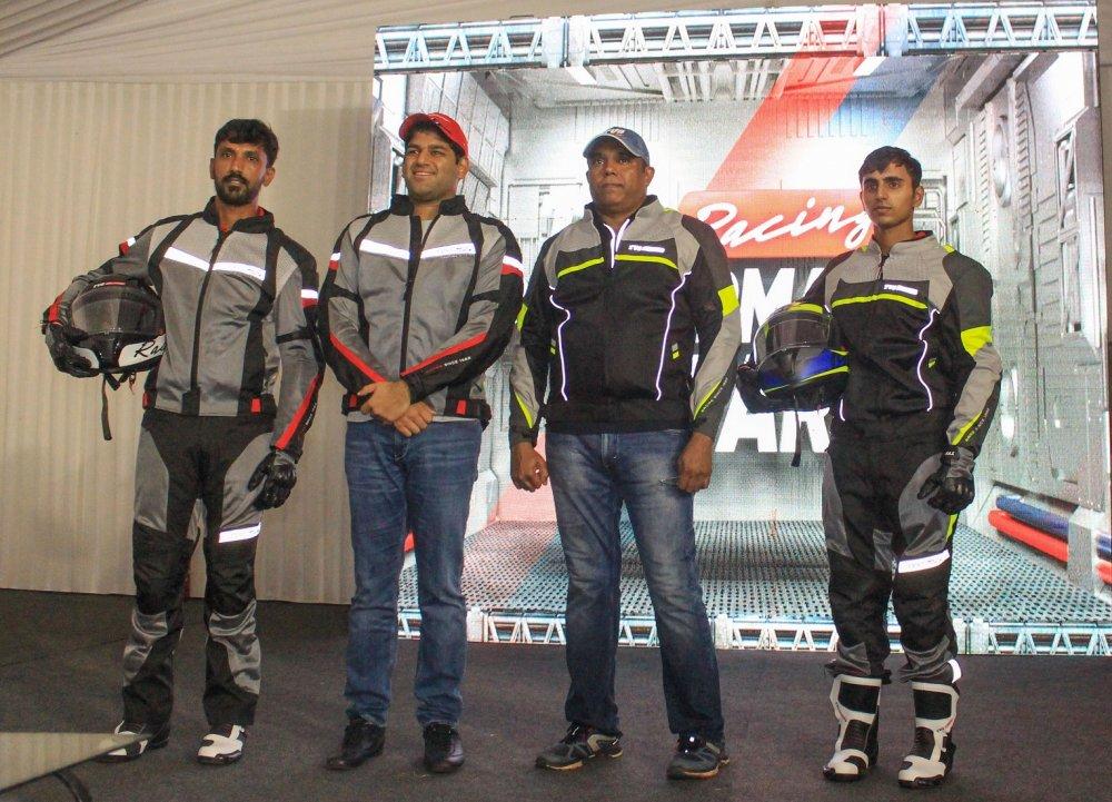 R. Nataraj, TVS Racer,Sudarshan Venu-Joint Managing Director,TVS Motor C....jpg