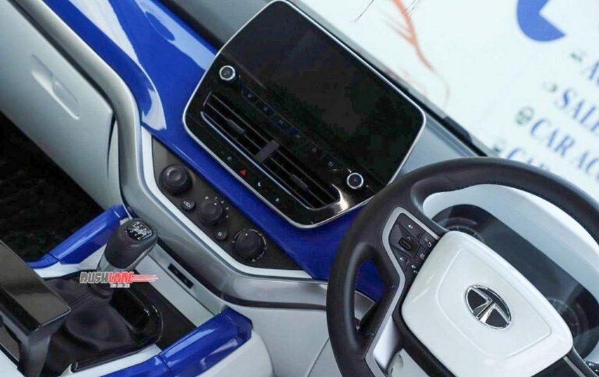 tata-harrier-modified-white-blue-interiors-4-768x512.jpg