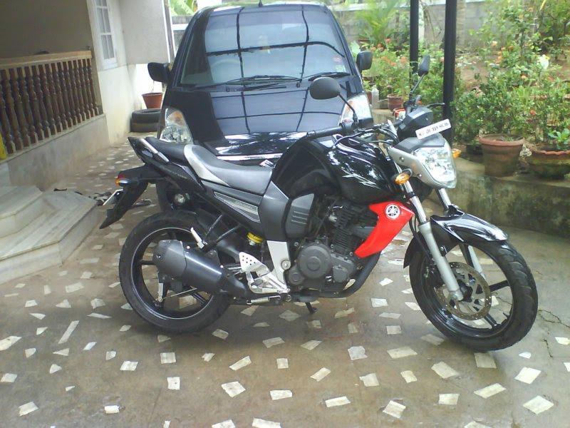 Barricade - Yamaha FZ-16