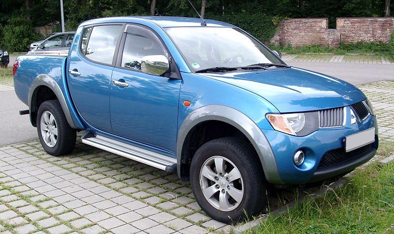 Clash Of Titans: Toyota Fortuner V/S Mitsubishi Pajero Sport