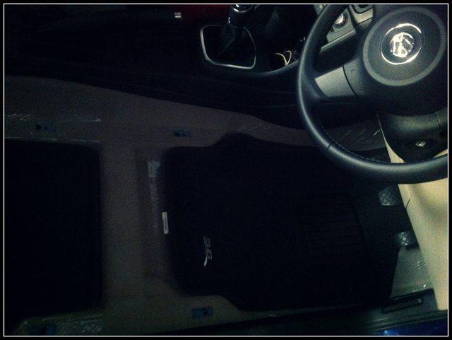 My German Girlfriend : Volkswagen Polo 1.2 TDI Shadow Blue Highline
