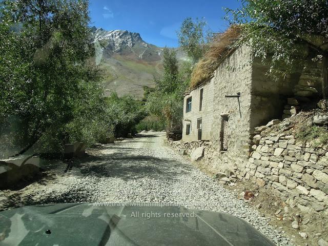 A Rock & Rolling Dream Road Trip To The Magical Heaven: Ladakh !!