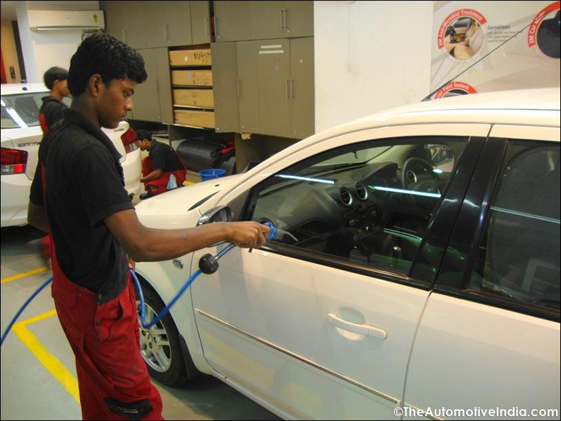 3M Car Care New Delhi (Kailash Colony) Review
