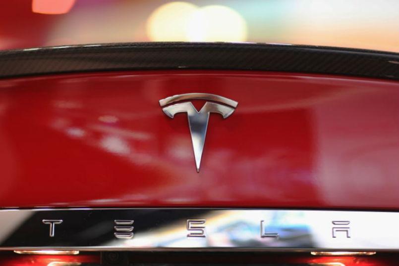 Tesla Motors Puts Indian Debut Plans on Hold